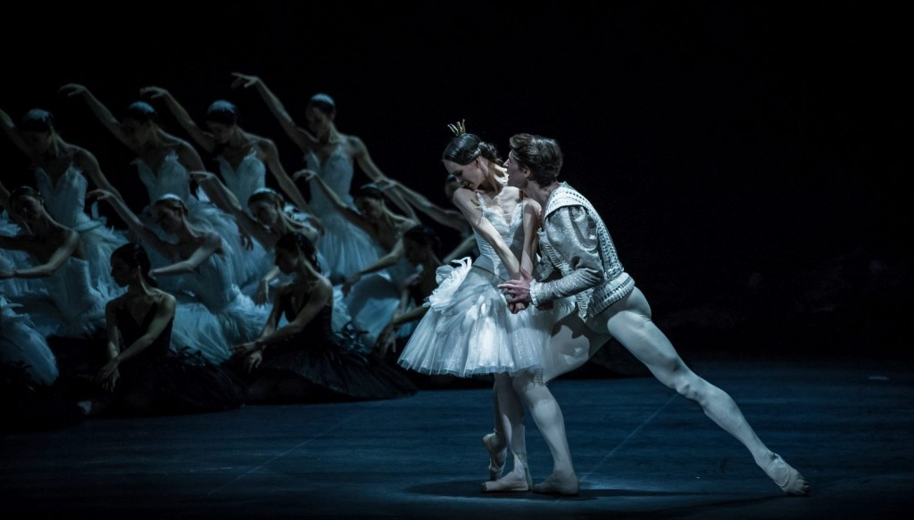 "4. V.Kapitonova, A.Jones and ensemble, ""Swan Lake"" by M.Petipa and L.Ivanov with additional choreography by A.Ratmansky, Ballet Zurich and Junior Ballet Zurich"