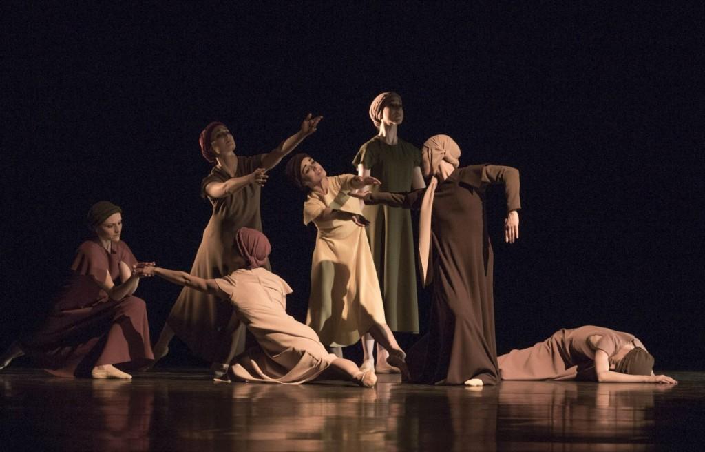 """11. Ensemble, """"The Green Table"""" by K.Jooss © The Jooss Estate, Ballett am Rhein © G.Weigelt"""