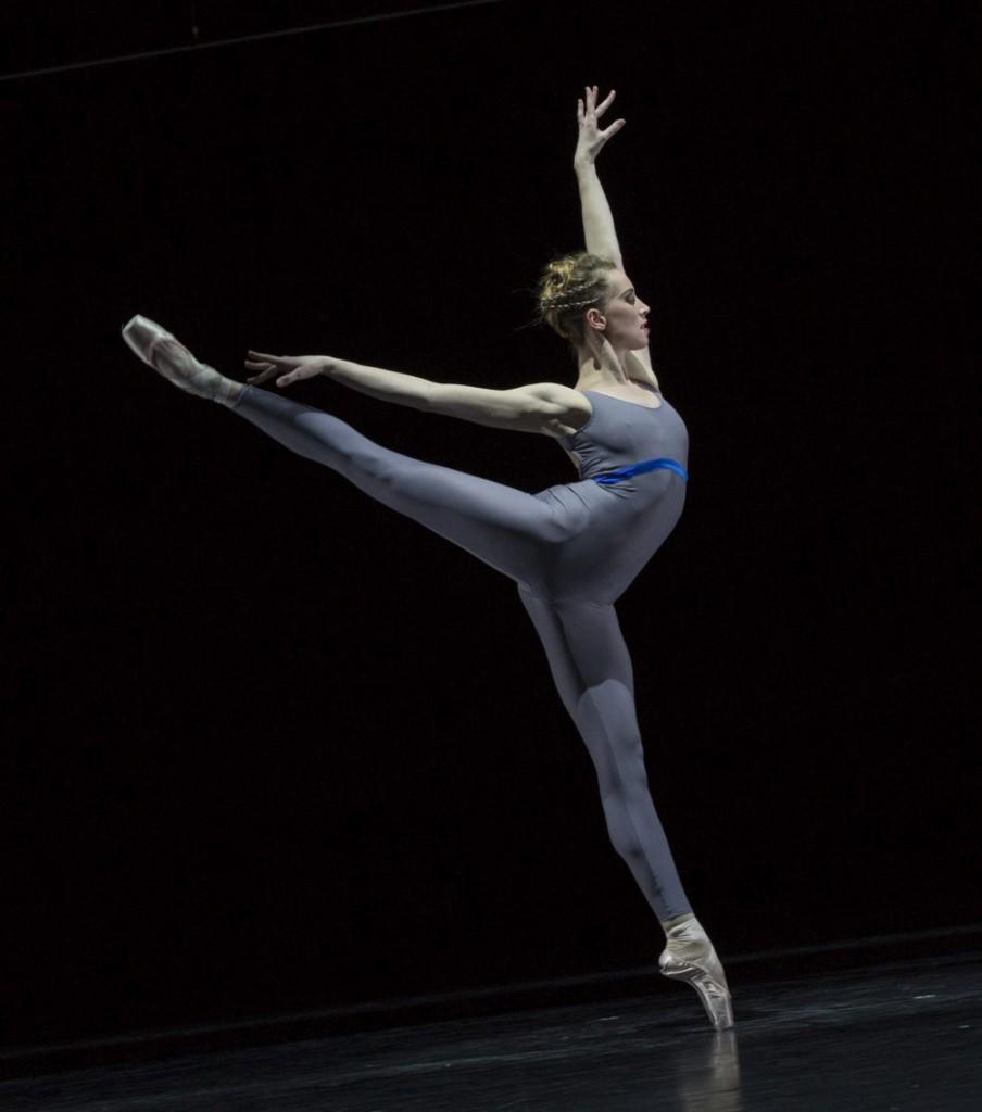 """5. A.Inculet, """"Variations and Partitas"""" by M.Schläpfer, Ballett am Rhein © G.Weigelt"""