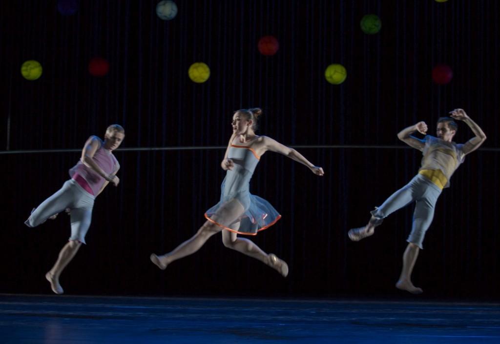 """4. V.Hoffmann, S.Dvorak and B.Asnar, """"Variations and Partitas"""" by M.Schläpfer, Ballett am Rhein © G.Weigelt"""