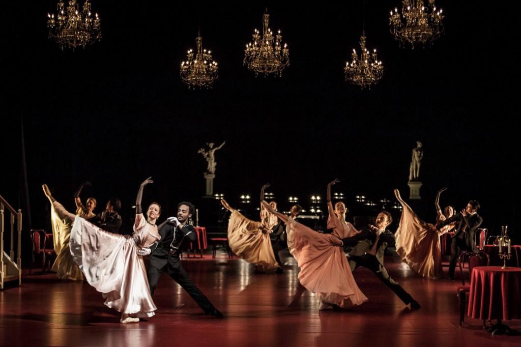 """5. Ensemble, """"Doctor Zhivago"""" by J.Bubeníček, SNG Opera in Balet Ljubljana © D.Štravs Tisu 2016"""