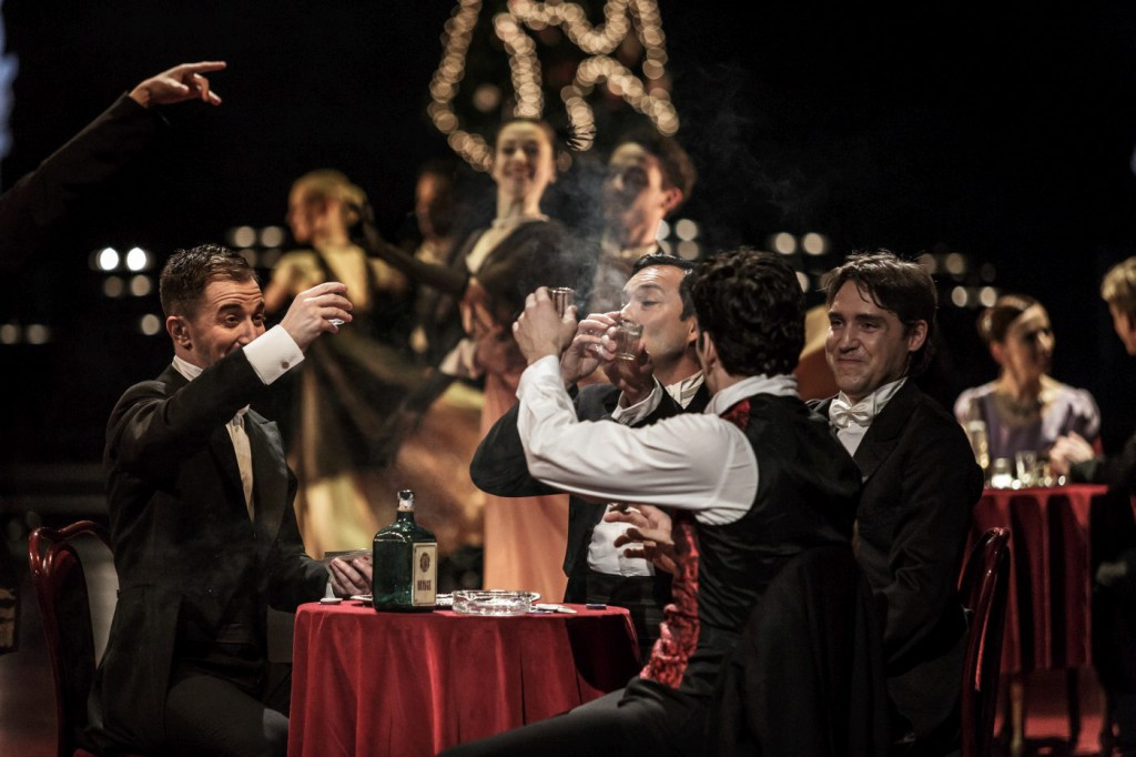 """7. P.Đorčevski and ensemble, """"Doctor Zhivago"""" by J.Bubeníček, SNG Opera in Balet Ljubljana © D.Štravs Tisu 2016"""