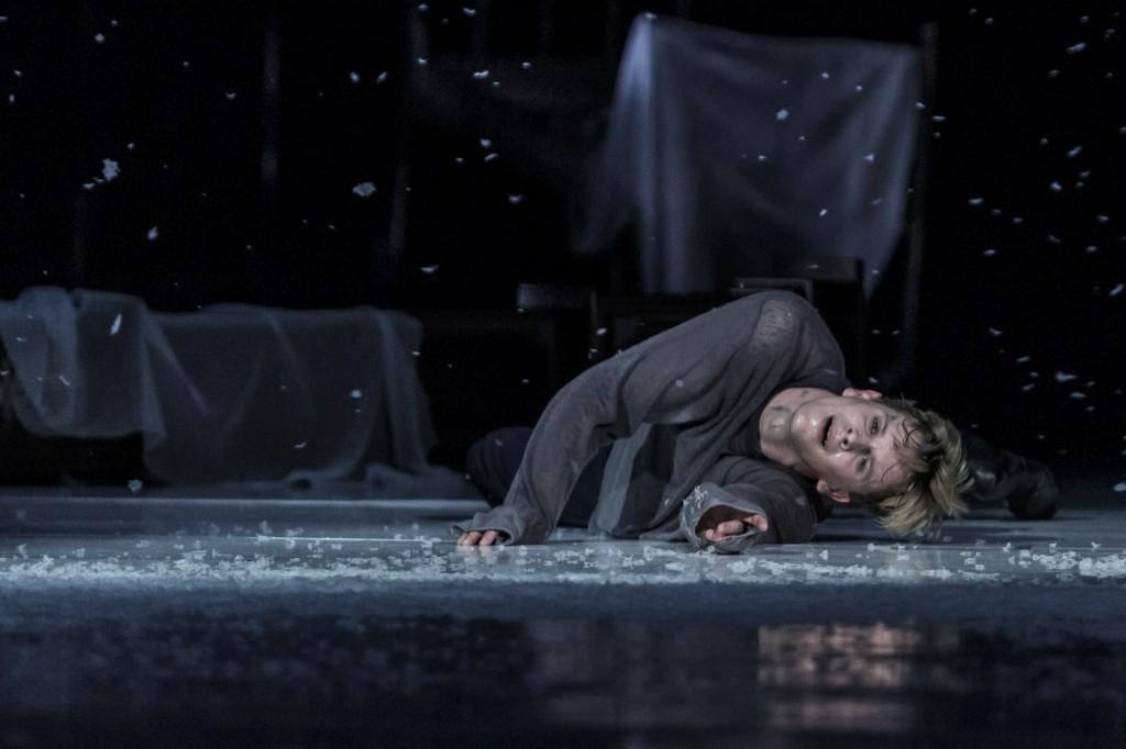 """17. L.Zuschlag, """"Doctor Zhivago"""" by J.Bubeníček, SNG Opera in Balet Ljubljana © D.Štravs Tisu 2016"""