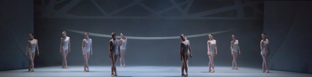 """4. Ensemble, """"Swan Lake"""" by D.Dawson, Scottish Ballet © Scottish Ballet 2016"""