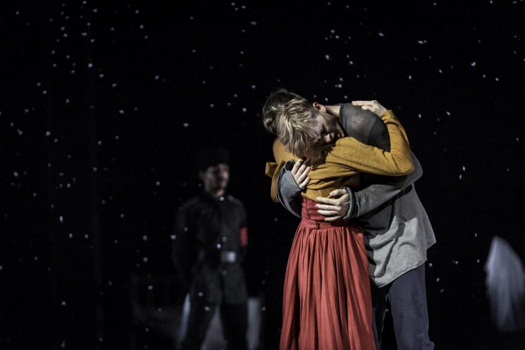 "15. L.Zuschlag, T.Kmetec and ensemble, ""Doctor Zhivago"" by J.Bubeníček, SNG Opera in Balet Ljubljana © D.Štravs Tisu 2016"