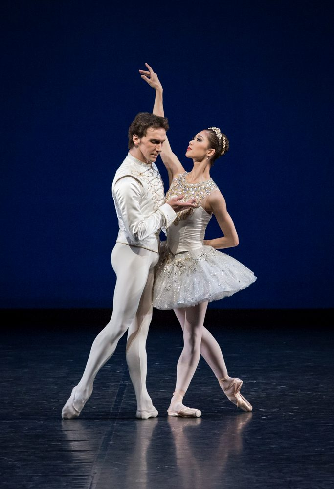 "10. S.Nakamura and M.Kaniskin, ""Jewels"" by G.Balanchine, State Ballet Berlin © S.Ballone"