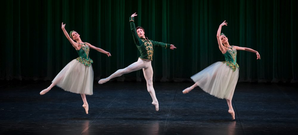 "3. C.Kaltenbach, A.Grigoryan and D.Muir, ""Jewels"" by G.Balanchine, State Ballet Berlin © S.Ballone"