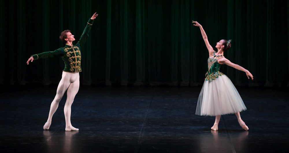 "4. M.Walter and K.Pavlova, ""Jewels"" by G.Balanchine, State Ballet Berlin © S.Ballone"