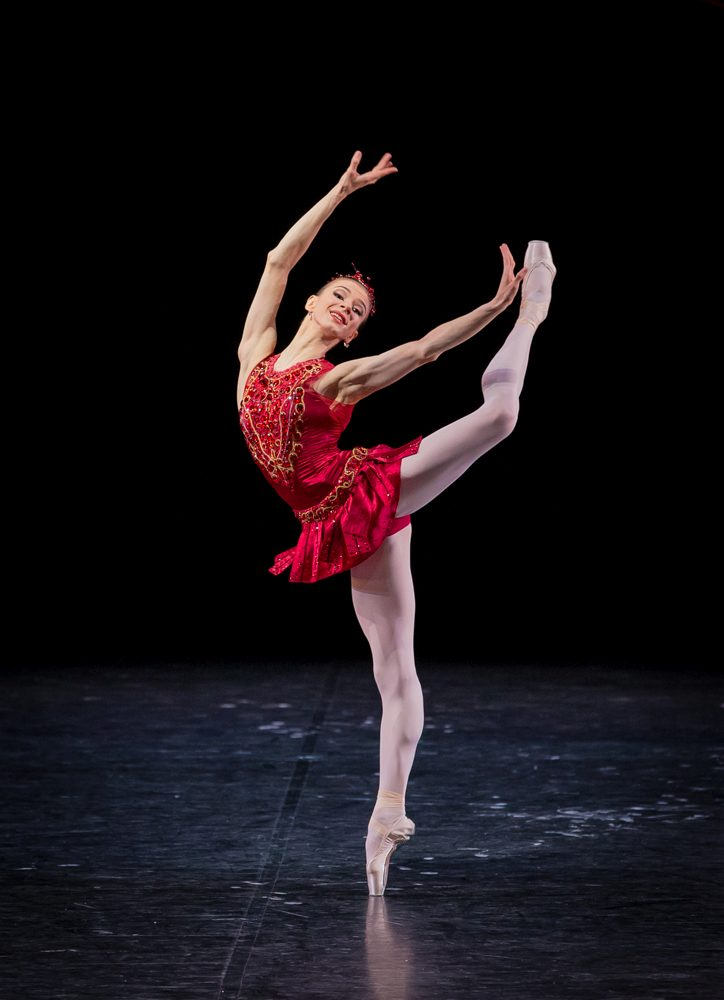 "7. I.Salenko, ""Jewels"" by G.Balanchine, State Ballet Berlin © S.Ballone"