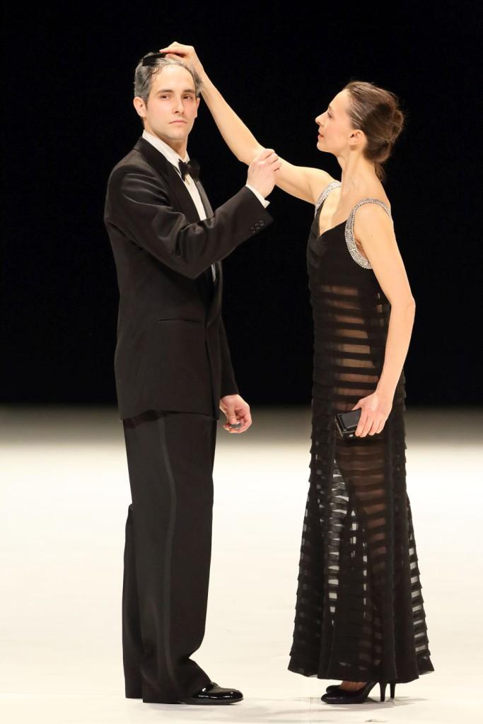 """24. M.Urban and S.Ferrolier, """"Für die Kinder von gestern, heute und morgen"""" by P.Bausch, Bavarian State Ballet © W.Hösl"""