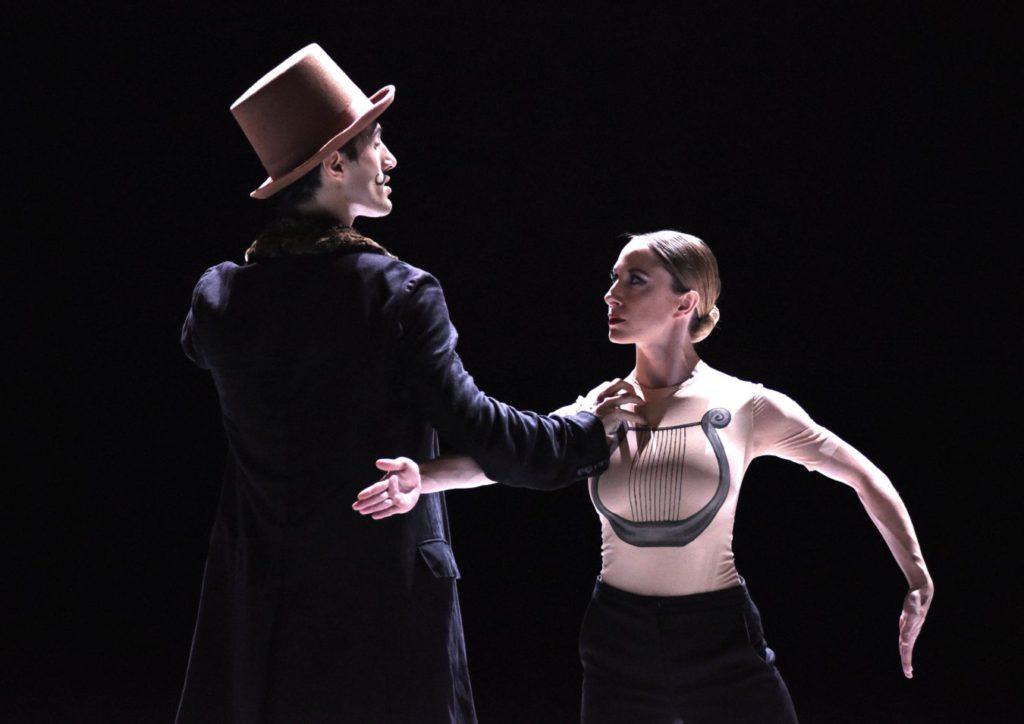 """2. D.Rodríguez and G.Perez Oloriz, """"Nijinski"""" by M.Goecke, Gauthier Dance © R.Brocke 2016"""