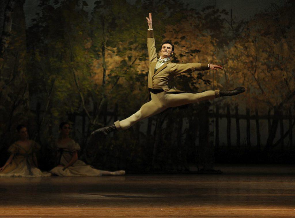 "9. T.Mikayelyan, ""Onegin"" by J.Cranko, Bavarian State Ballet © C.Tandy"