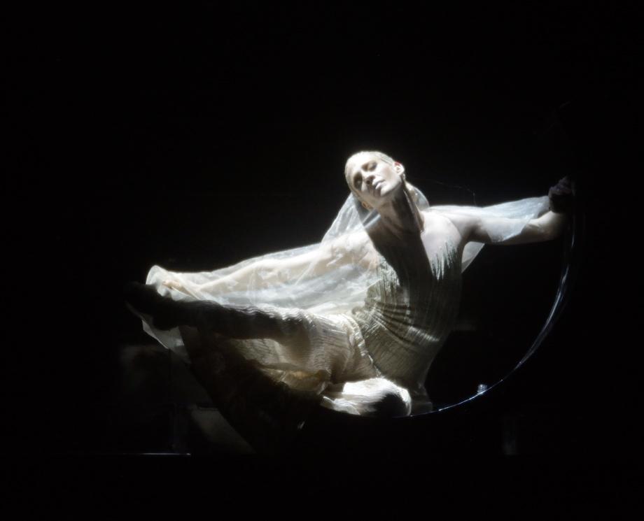 """3. A.Amatriain, """"Salome"""" by D.Volpi, Stuttgart Ballet © Stuttgart Ballet 2016"""