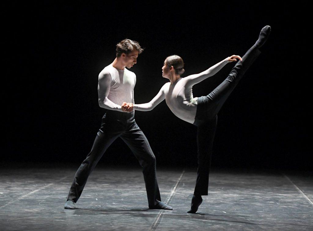 """9. P.von Sternenfels and H.-J.Kang, """"Daydreamers"""" by E.Clug, """"Stuttgart Ballet Gala"""" © Stuttgart Ballet 2016"""