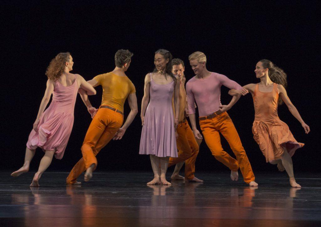 "2. C.Andriot, A.Simões, Y.Kato, B.Narnhammer, V.Hoffman and D.Becker, ""Esplanade"" by P.Taylor, Ballett am Rhein © G.Weigelt 2016"