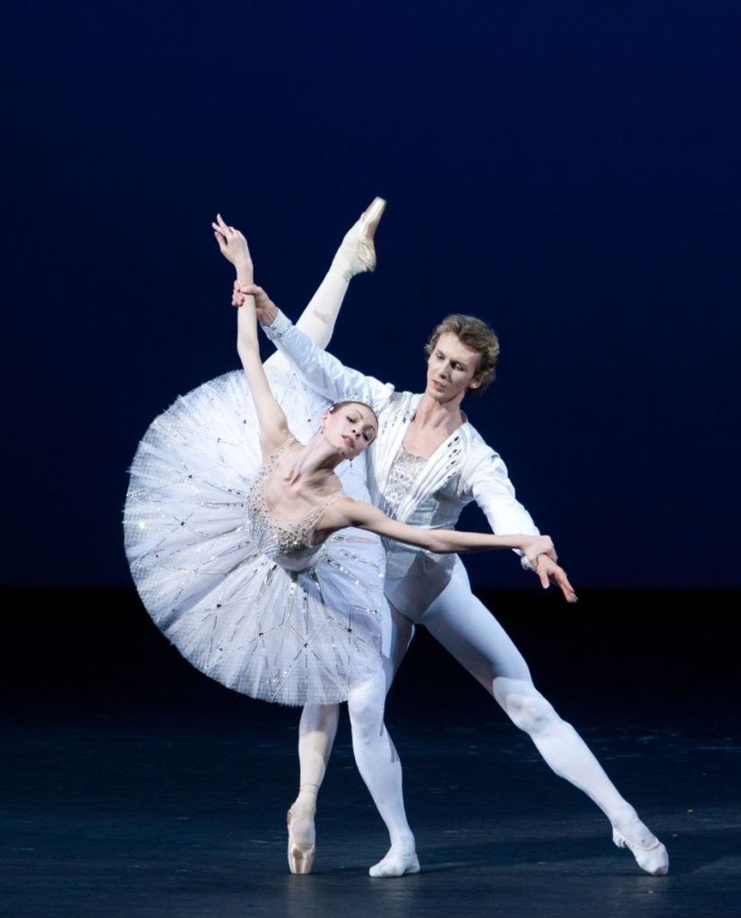 "7. O.Smirnova and S.Chudin, ""Jewels"" (Diamonds) by G.Balanchine, © The George Balanchine Trust, Bolshoi Ballet, photo by E.Fetisova/Bolshoi Theatre"