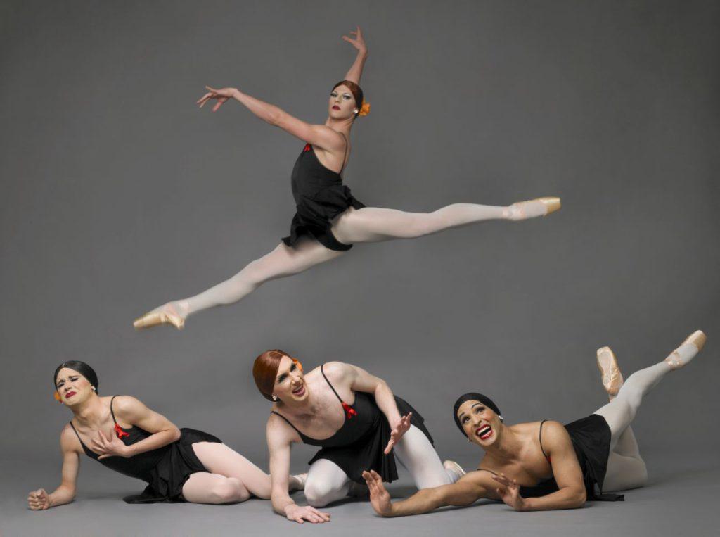 """4. Ensemble, """"Go for Barocco"""" by P.Anastos, Les Ballets Trockadero de Monte Carlo © S.Vaughan"""