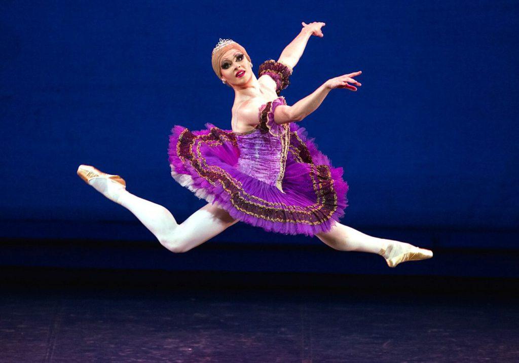 "7. ""Paquita"" after M.Petipa, Les Ballets Trockadero de Monte Carlo © M.Orcelli"