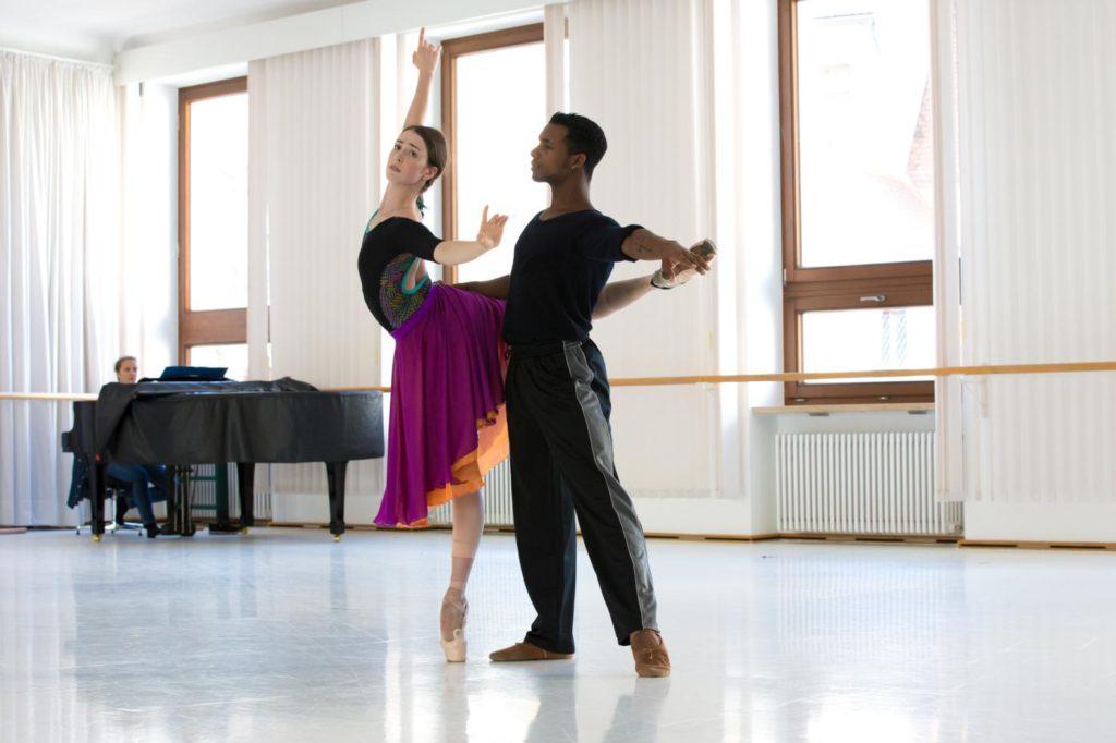 """1. K.Ryzhkova and O.Gouneo rehearsing """"Giselle"""", Bavarian State Ballet © S.Ballone 2016"""