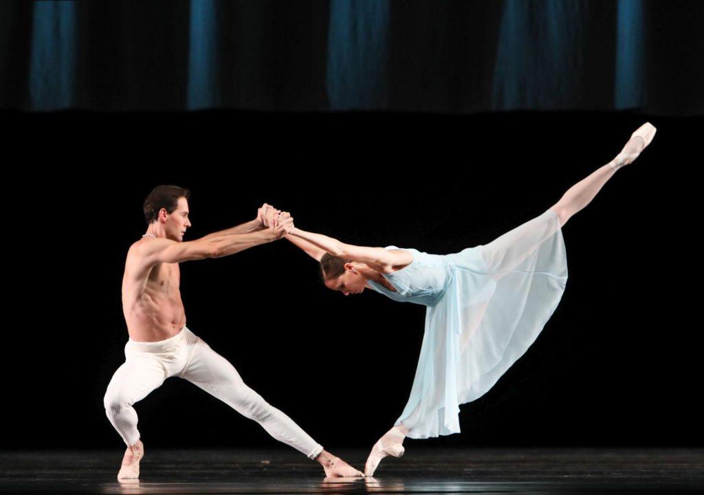 """13. J.Varga and I.de Jongh, """"Adagio Hammerklavier"""" by H.van Manen, Dutch National Ballet © H.Gerritsen 2016"""