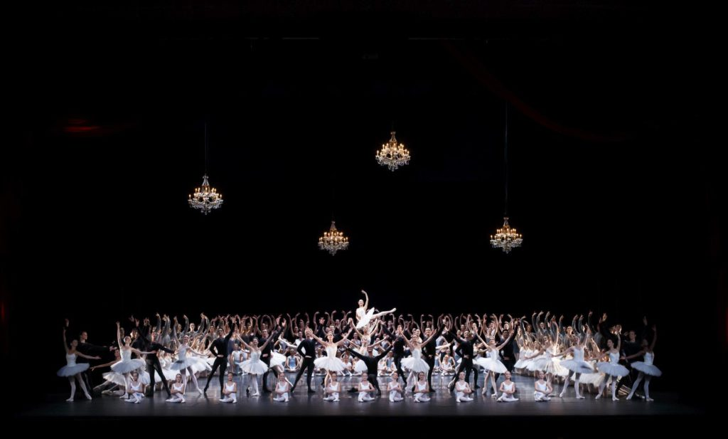 1. Grand Défilé, Dutch National Ballet © M.Schnater 2016
