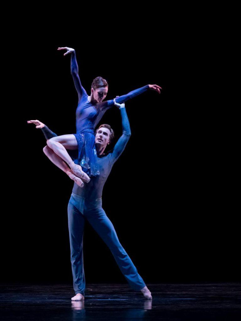 "8. A.Ol and A.Shesterikov, ""Penumbra"" by R.Wörtmeyer, Dutch National Ballet © A.Kaftira 2016"