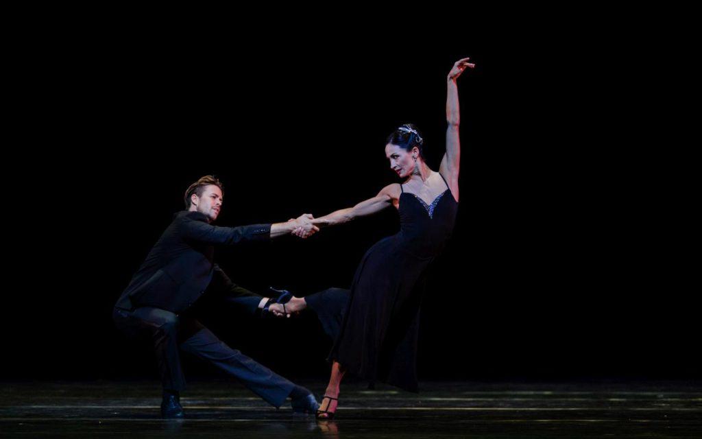 "14. M.Golding and A.Tsygankova, ""Sinatra Suite"" by T.Tharp, Dutch National Ballet © A.Kaftira 2016"