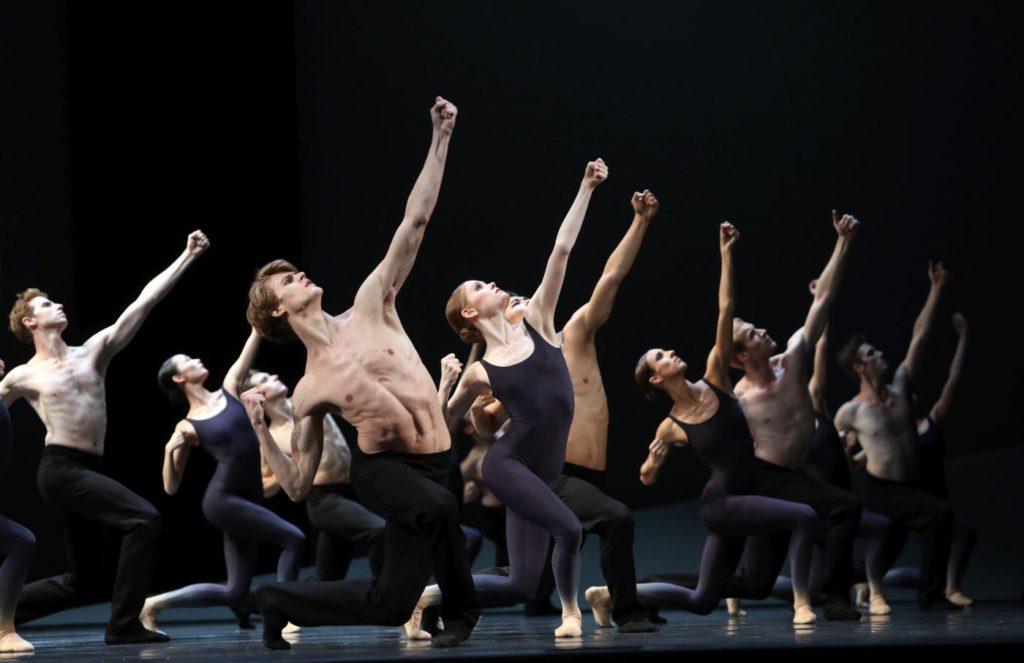 """5. Ensemble, """"Requiem"""" by Toer van Schayk, Dutch National Ballet © H.Gerritsen 2016"""