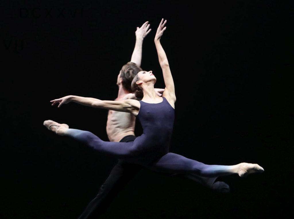 "6. A.Shesterikov and F.Eimers, ""Requiem"" by T.van Schayk, Dutch National Ballet © H.Gerritsen 2016"