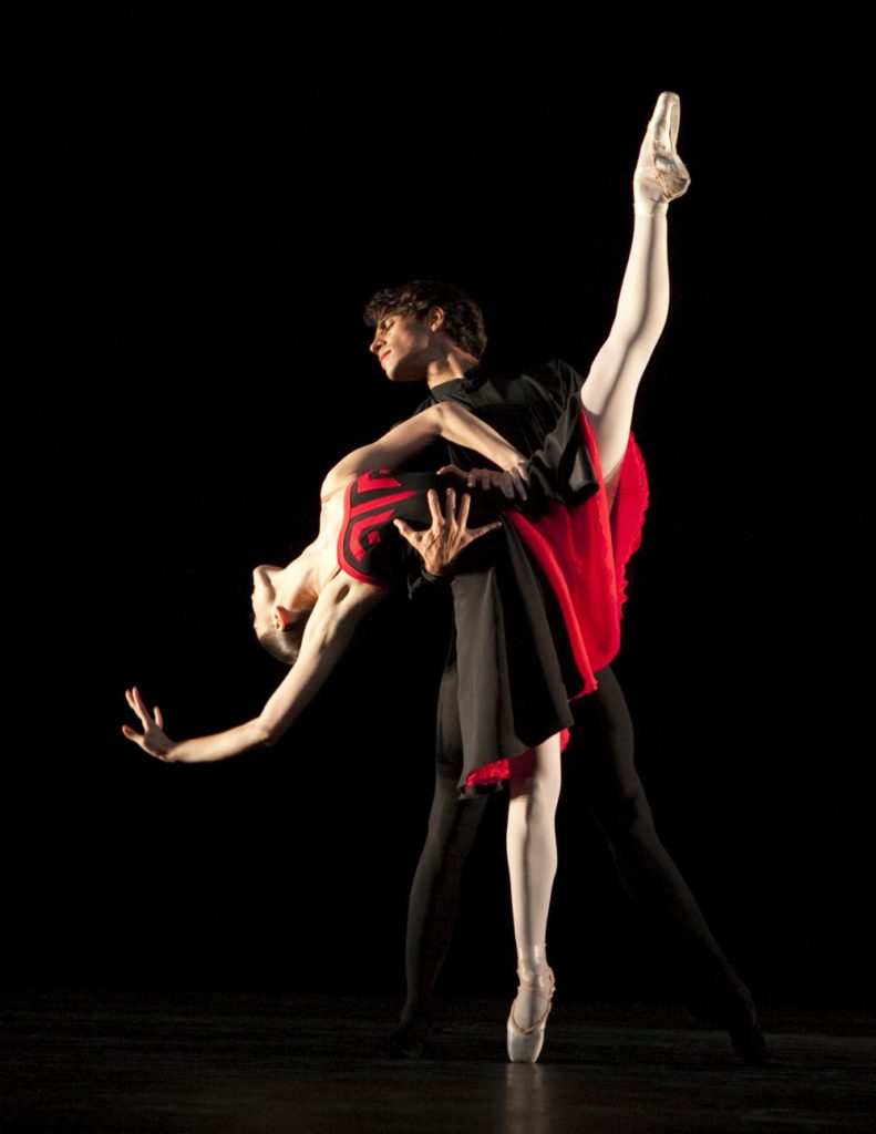 "60. J.Dronina and F.Diaz, ""5 Tangos"" by H.van Manen, Dutch National Ballet © A.Sterling"