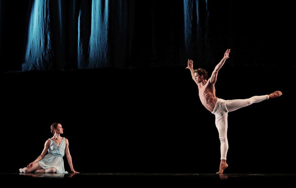 "17. L.Lezhnina and M.Golding, Adagio Hammerklavier"" by H.van Manen, Dutch National Ballet © S.Pistel"