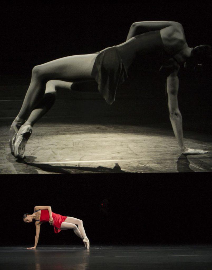"""25. I.de Jongh, """"Live"""" by H.van Manen, Dutch National Ballet © A.Kaftira"""