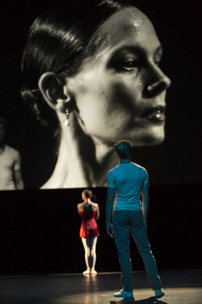 """20. I.de Jongh and M.Rademaker, """"Live"""" by H.van Manen, Dutch National Ballet © A.Kaftira"""