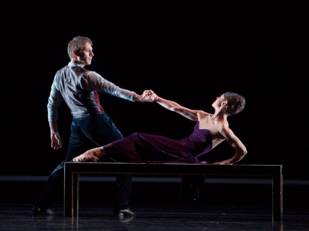 """43. M.Schläpfer and M.do Amaral, """"The Old Man and Me"""" by H.van Manen, Ballett am Rhein © G.Weigelt"""