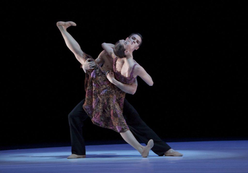 """9. P.Calderon and J.Thirault, """"Without Words"""" by H.van Manen, Ballett am Rhein © G.Weigelt"""