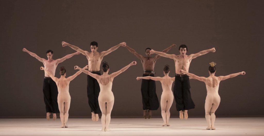 "6. P.Calderone, C.Schoch, A.Simões, J.Thirault, R.Arts, F.van Dijken, B.Nicula, D.Becker, ""Grosse Fuge"" by H.van Manen, Ballett am Rhein © G.Weigelt"