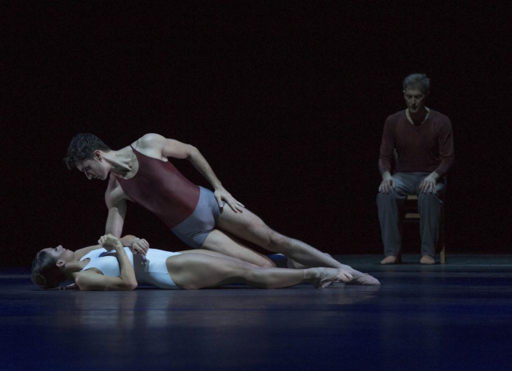 """34. D.Becker, A.Simões and M.Schläpfer, """"Alltag"""" by H.van Manen, Ballett am Rhein © G.Weigelt"""