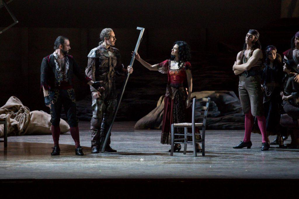 "10. F.Voranger, C.Bauch, C.Richardson and ensemble, ""Don Quixote"" by A.S.Watkin, Semperoper Ballet © S.Ballone 2016"