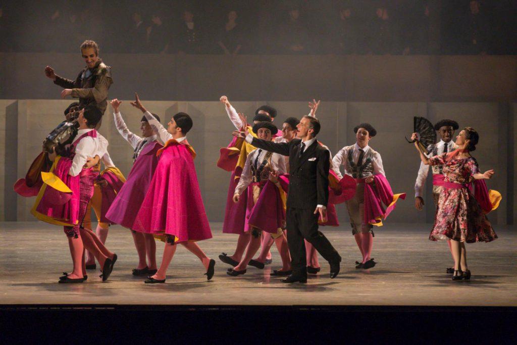 "17. C.Bauch, R.Arndt, C.Schwab and ensemble, ""Don Quixote"" by A.S.Watkin, Semperoper Ballet © S.Ballone 2016"