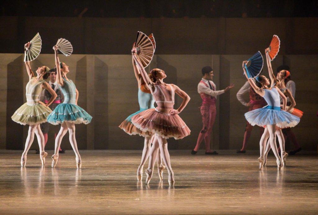 """15. Ensemble, """"Don Quixote"""" by A.S.Watkin, Semperoper Ballet © S.Ballone 2016"""