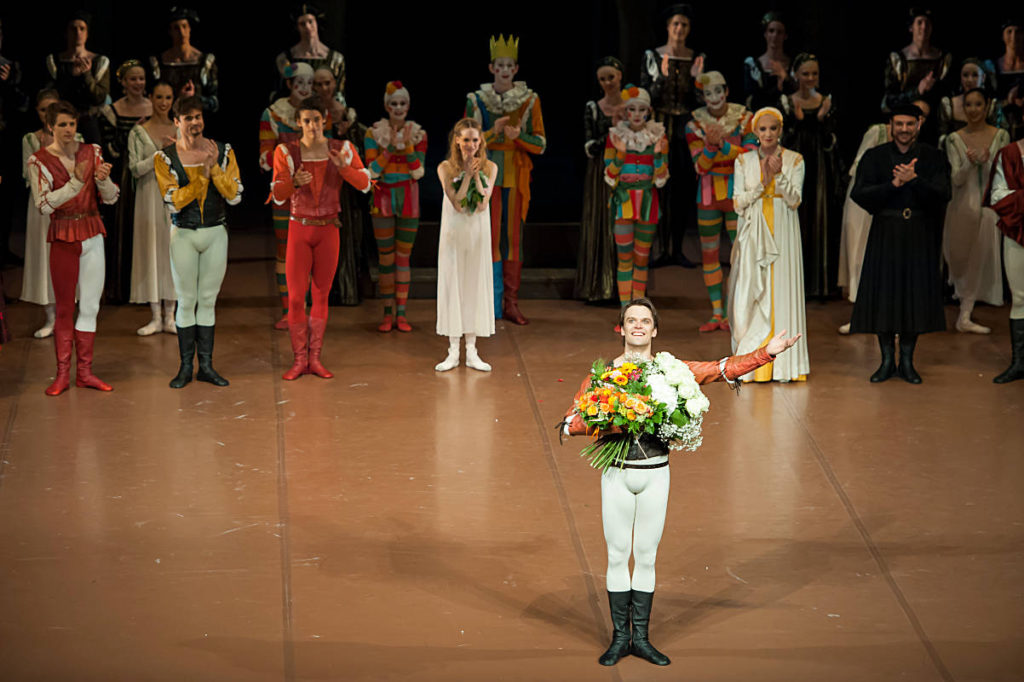 """4. F.Barankiewicz, D.Moore, N.Godunov, D.Camargo, A.Amatriain, M.Witham and R.D'Alesio, """"Romeo and Juliet"""" by J.Cranko, Stuttgart Ballet 2014 © R.Novitzky"""