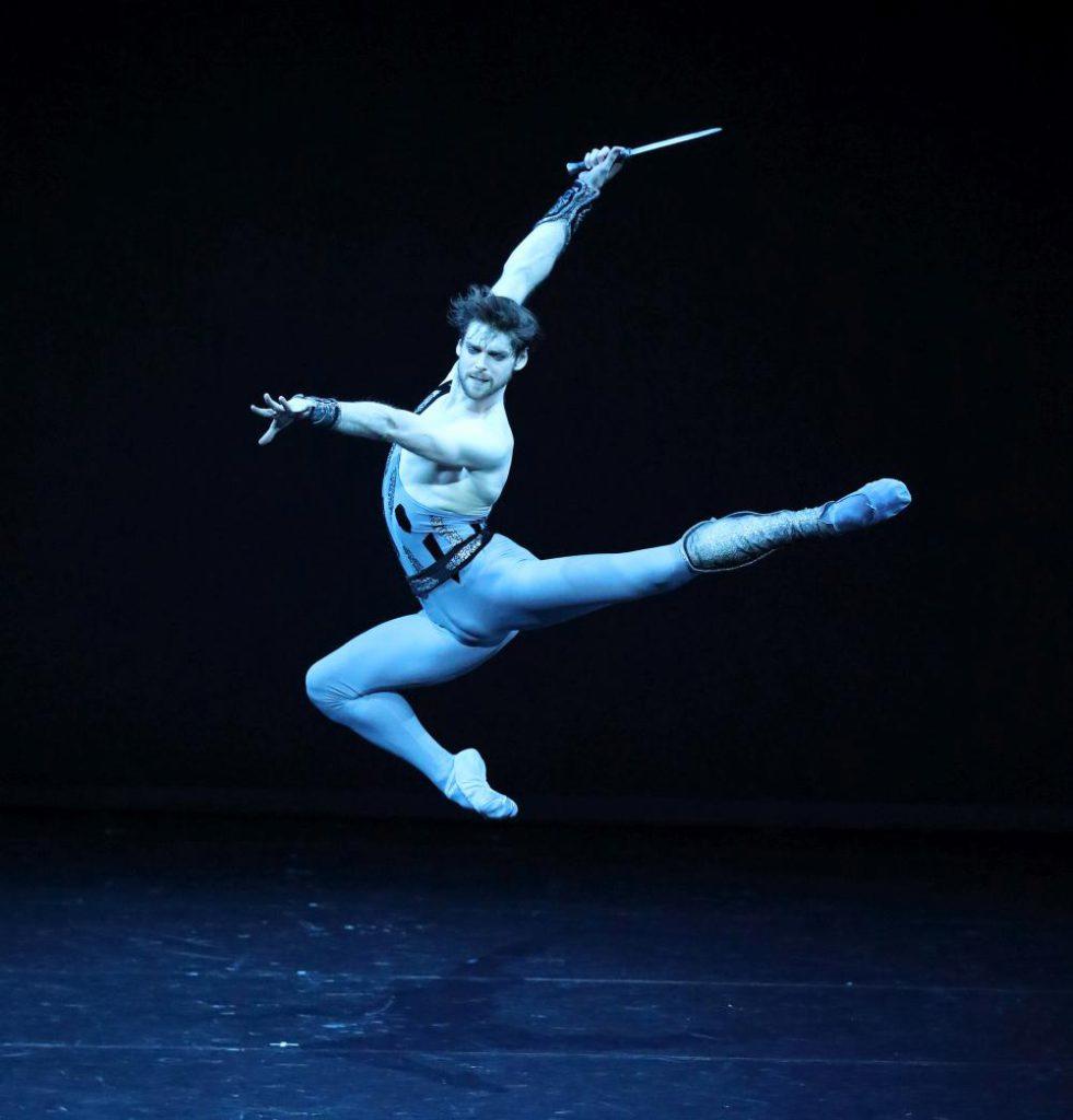 """4. V.Shklyarov, """"Spartacus"""" by Y.Grigorovich, Bavarian State Ballet © W.Hösl 2016"""