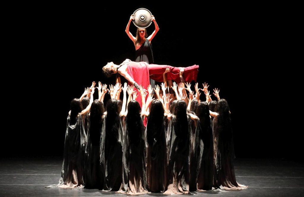 """9. V.Shklyarov, M.Shirinkina and ensemble, """"Spartacus"""" by Y.Grigorovich, Bavarian State Ballet © W.Hösl 2016"""