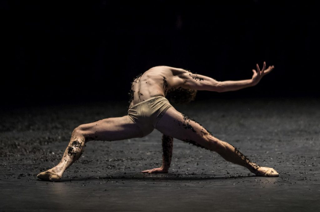 """9. W.Moore, """"Messa da Requiem"""" by C.Spuck, Ballet Zurich © G.Batardon 2017"""