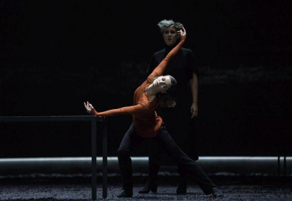 "11. M.Ligurgo and V.Simeoni, ""Messa da Requiem"" by Christian Spuck, Ballet Zurich © G.Batardon 2017"
