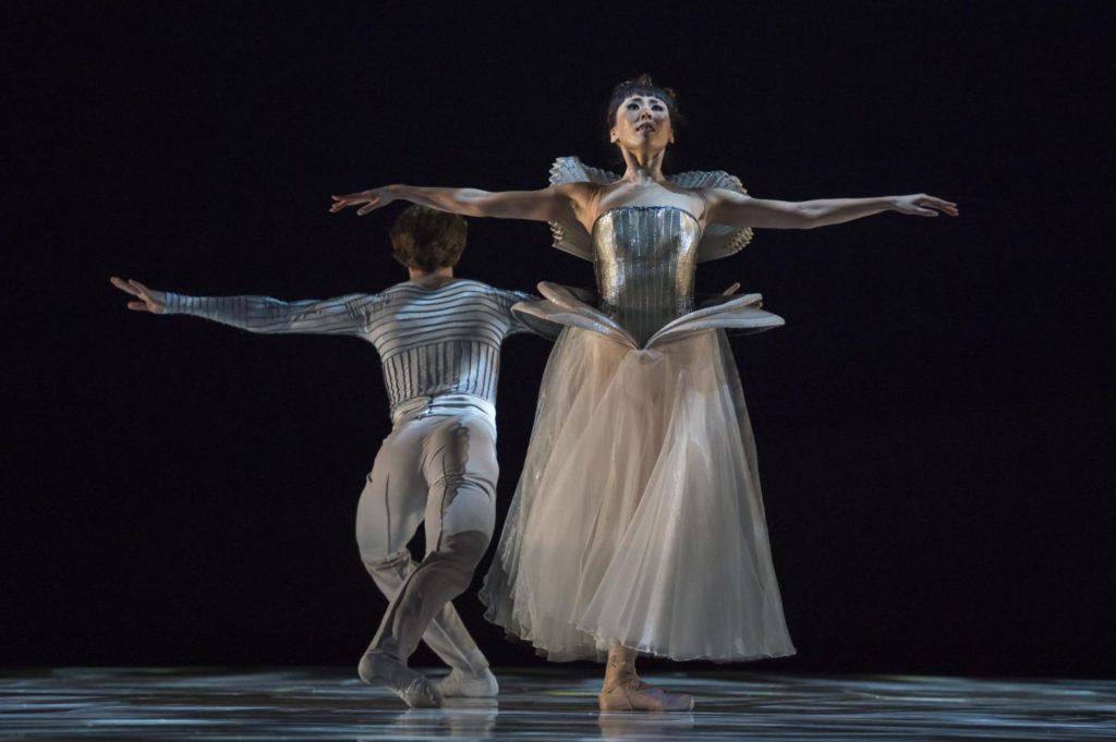 """3. S.Chudin and M.Koike, """"La Belle"""" by J.-C.Maillot, Les Ballets de Monte Carlo © A.Blangero 2017"""