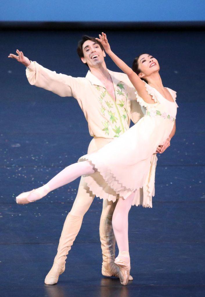 "7. J.Amo and M.Kono, ""Voices of Spring"" by F.Ashton, Bavarian State Ballet © W.Hösl 2017"