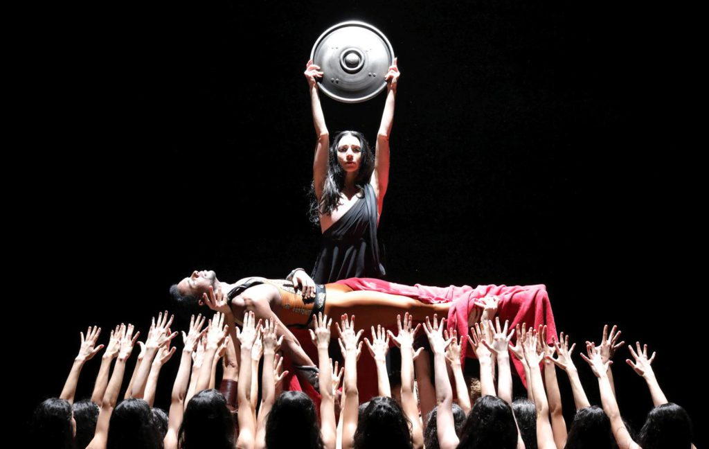 "9. O.Gouneo, I.Amista and ensemble, ""Spartacus"" by Yuri Grigorovich, Bavarian State Ballet © W.Hösl 2017"