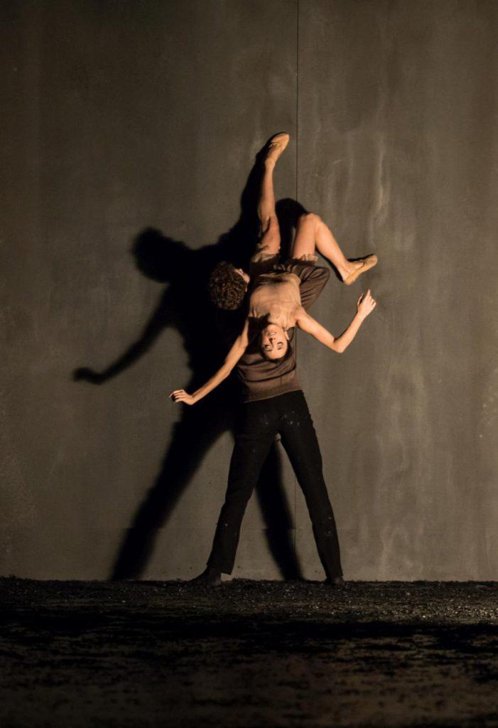 """2. G.Tonelli and W.Moore, """"Messa da Requiem"""" by C.Spuck, Ballet Zurich © G.Batardon 2017"""
