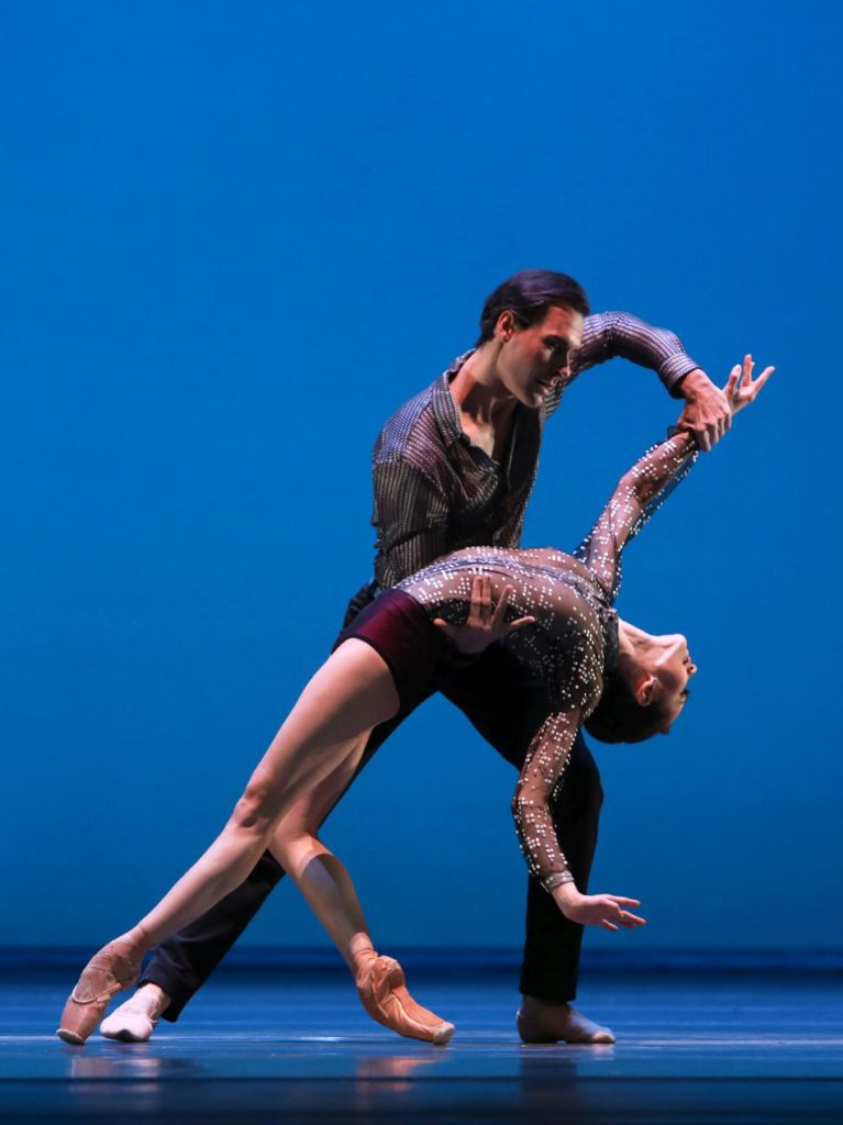 "3. A.Ol and J.Varga, ""Concerto Concordia"" by C.Wheeldon, Dutch National Ballet 2017 © H.Gerritsen"